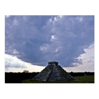 EL Castillo Chichen Itza Postales