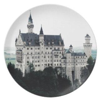 El castillo de Neuschwanstein Plato Para Fiesta
