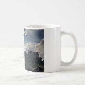 El castillo en la roca taza de café