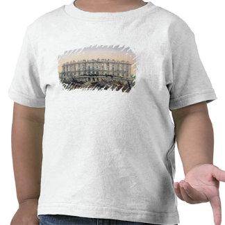 El castillo francés de Meudon Bombarded Camisetas