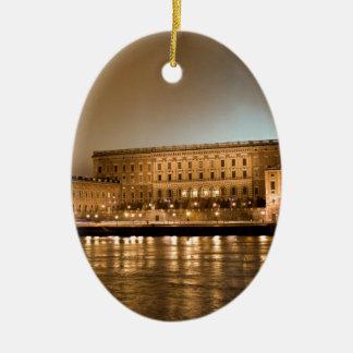 El castillo real, Estocolmo Suecia Adorno Navideño Ovalado De Cerámica