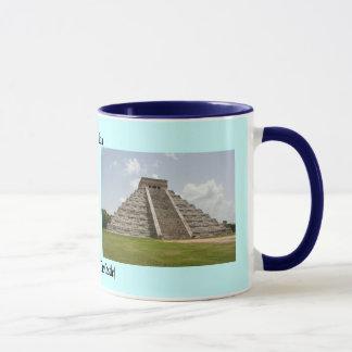 """""""El Castillo"""" (The Castle) at Chichen Itza Mug"""