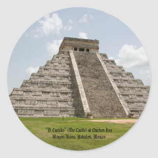 """""""El Castillo"""" (The Castle) at Chichen Itza Classic Round Sticker"""