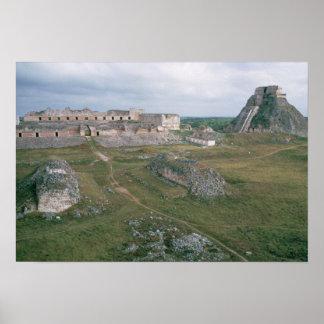 EL Castillo y el convento de monjas Póster