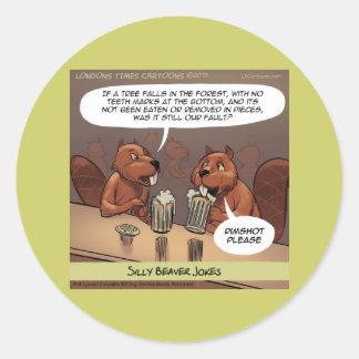 El castor tonto bromea dibujo animado divertido etiquetas redondas