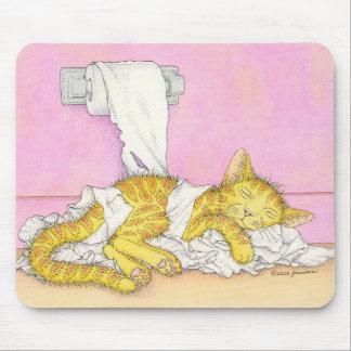 El CAT duerme en papel higiénico Alfombrilla De Ratones