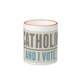 El católico y yo votamos taza de dos colores