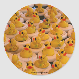 El caucho amarillo fresco Ducks la etiqueta