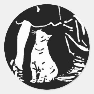 """El cazador """"cosas del gato está mirando para pegatina redonda"""
