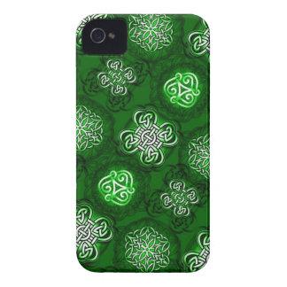 El Celtic anuda II la caja del iPhone 4 iPhone 4 Case-Mate Coberturas