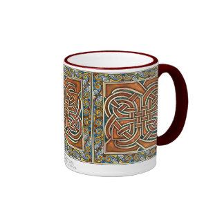 El Celtic entrelaza la taza de los paneles