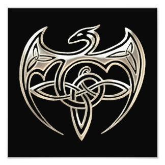 El Celtic trino del dragón de plata y negro anuda Cojinete