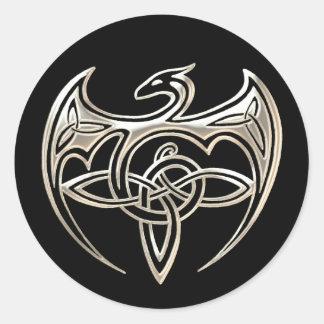 El Celtic trino del dragón de plata y negro anuda Pegatina Redonda