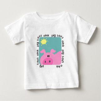 El cerdo dice Oink las camisetas y los regalos Remeras