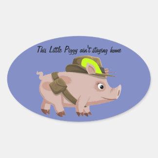 El cerdo este pequeño guarro no es hogar del pegatina ovalada