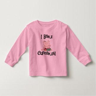 El cerdo I cuece las camisetas y los regalos de