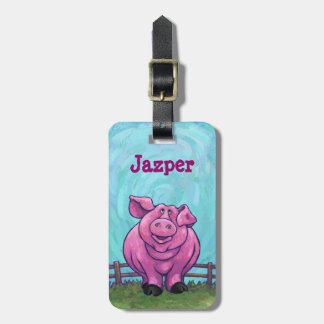 El cerdo lindo de cabezas y de las colas etiquetas para maletas