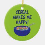 El cereal me hace feliz adorno navideño redondo de cerámica