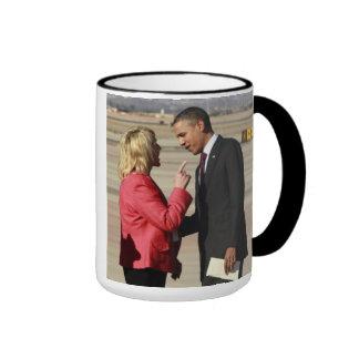 El cervecero de enero pone en Obama Tazas De Café