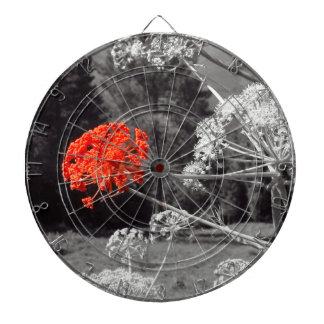 El chapoteo de B&W, florece rojo Tabla Dardos