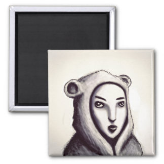 El chica con el imán de los pijamas del oso