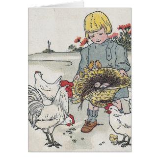 El chica con los pollos E del vintage es un huevo Tarjeton