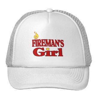 El chica del bombero gorra