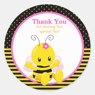 El chica dulce de la abeja del bebé le agradece pegatina redonda