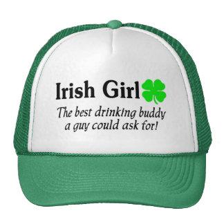 El chica irlandés el mejor compinche de consumició gorro de camionero