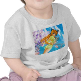 El chica lindo del animado de Manga adentro ve a Camisetas