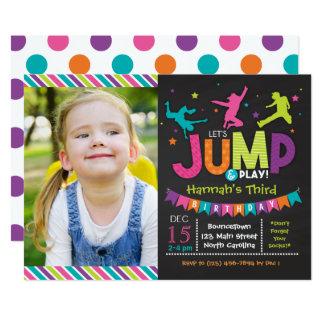 """El chica salta y juega invitaciones del cumpleaños invitación 5"""" x 7"""""""