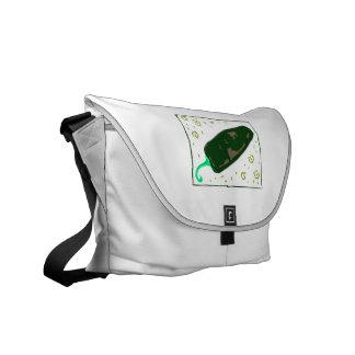 El chile verde redondeado remolina pimienta bolsa de mensajeria