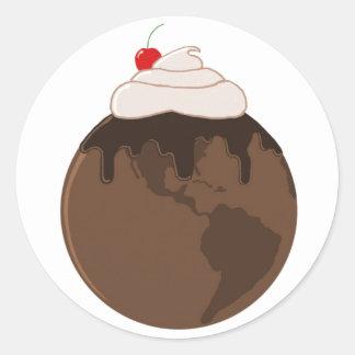 El chocolate cubrió el mundo pegatina redonda