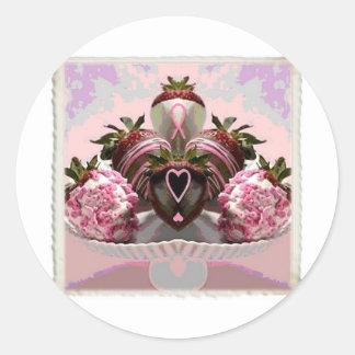 El chocolate rosado de la cinta sumergió las etiqueta redonda