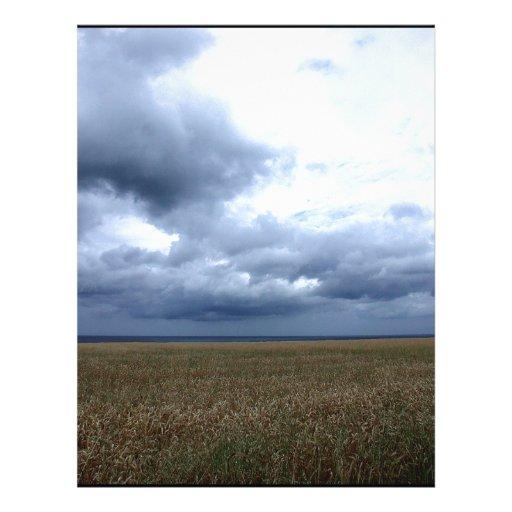 El cielo aquí viene la lluvia membretes personalizados