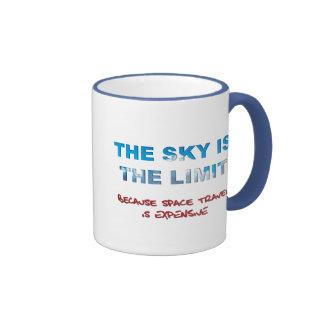 El cielo es el límite taza de dos colores