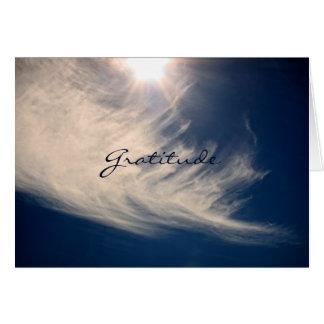 El cielo hermoso y la gratitud inspira tarjeta pequeña