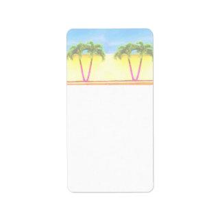 El cielo retro de dos árboles de la palma se desco etiqueta de dirección