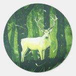 El ciervo blanco pegatina redonda