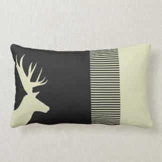 el ciervo raya el champán negro de la almohada