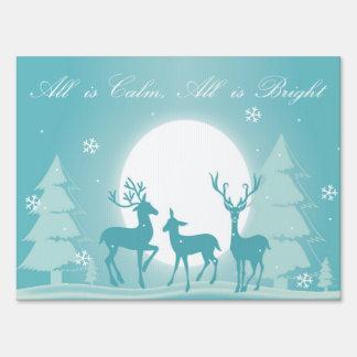 El ciervo todo Nevado es muestra brillante de la Cartel