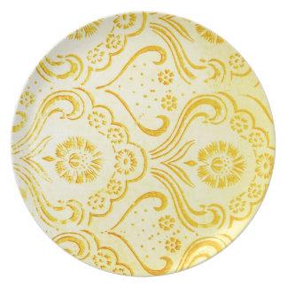 El círculo de colores del diseño, pared, forma la  plato para fiesta