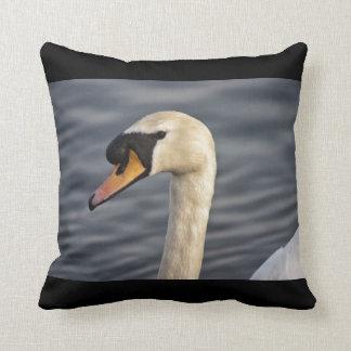 El cisne pacífico cojín