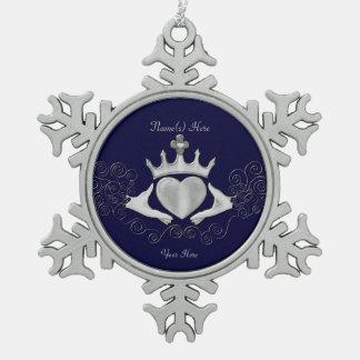 El Claddagh (plata) Adorno De Peltre En Forma De Copo De Nieve