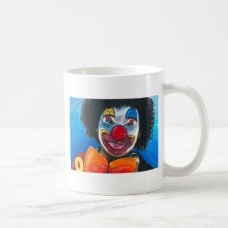 El Clowning alrededor Taza