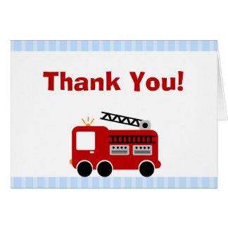 El coche de bomberos de las rayas azules le tarjeta pequeña