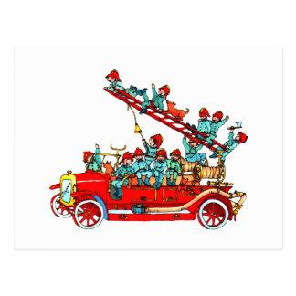 El coche de bomberos embroma la postal