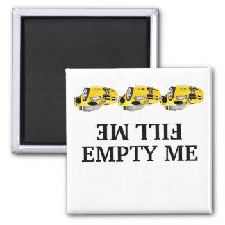 El coche de carreras me llena vacío yo los imanes imán cuadrado