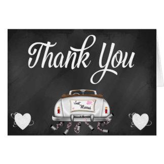 El coche del boda del vintage de la pizarra le agr tarjeta