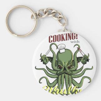 El cocinar con Cthulhu Llaveros Personalizados